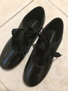 Tap shoes capezio size 2
