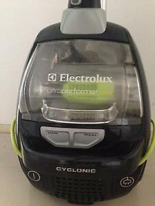 Electrolux vacuum  cleaner Calamvale Brisbane South West Preview