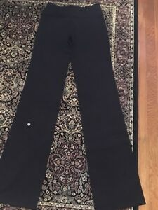 Lululemon ladies yoga pants size 6 tall
