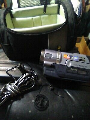 Sony DCR-TRV140 Digital8 Video Camcorder / Player  Tested WORKS WELL. w case