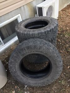 Sell 4 tires 150$ 265/70R17 Duratrac 65% used