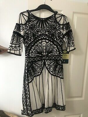 BNWT Alice Temperley London Black White Lace Fan Dress Size 12 Embroidered Rare