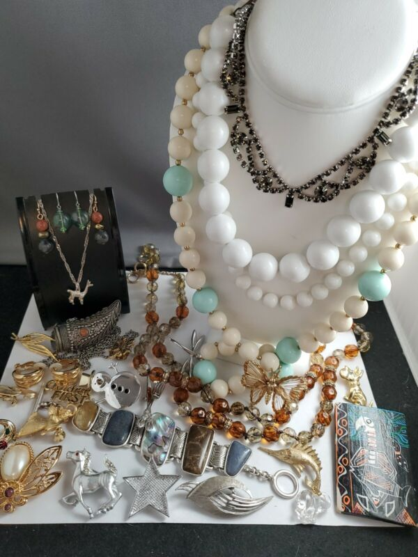 Vantage lot of Jewelry all wearable