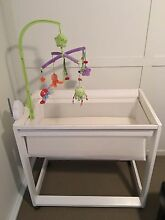 Bassinet with wheels Boondall Brisbane North East Preview