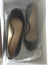 Pre-Owned NineWest Black Patent Leather High Heels Peep Toes Sz 6 Giralang Belconnen Area Preview
