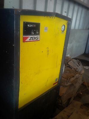 Zeks Air Dryer 250 Cfm Model 250hsba400 5060 Hz 460v 3 Ph