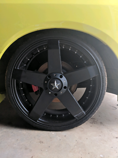 Tyres and rims in new condition