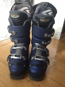 Woman's size 8.5 Ski Boots for sale!!