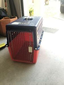 Pet travelling crate Everton Hills Brisbane North West Preview