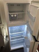 Hisense Refrigerator All New Highett Bayside Area Preview