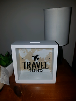 Piggy bank / money box / savings box travel