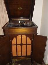 Victor Gramophone in original condition Findon Charles Sturt Area Preview