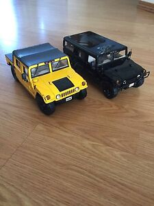 2 Diecast Hummers