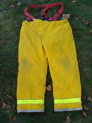 Globe Firefighters Pants Turnout Gear Fireman Size 46 Length 32 w/ Suspenders