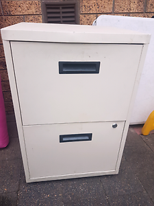Small metal drawers Wetherill Park Fairfield Area Preview