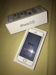 iPhone 5s- 32G, Good condition (but no cords with it).