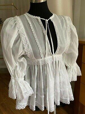 Dolce Gabbana White Cotton Lace Top Blouse  Size 38/4-6