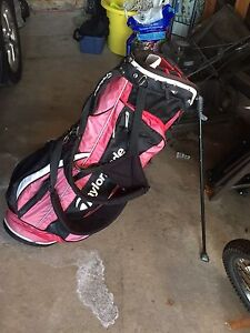 TaylorMade Adult Golf Bag and Stand