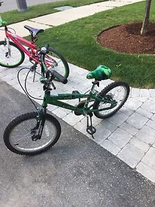 """16"""" Boys bike perfect for 7-8 year old"""