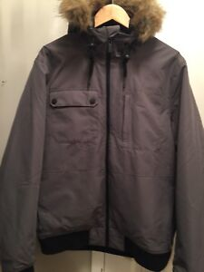 Men's large Firefly brand winter jacket - excellent cond.