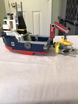LEGO 31045 Ocean Explorer 3-in-1: Ship- Submarine -Plane. Complete With Manuals