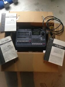 Roland VS890 8 track digital recorder $100 obo
