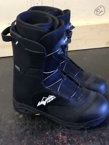 HMK winter boots SIZE 13