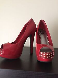 Red hot peep toe heels by Guess.  Sz 6