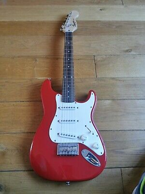Fender Squier Mini Stratocaster 3/4 Size Electric Guitar.