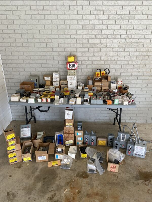 Huge Lot of Electrical Items *New/Used*