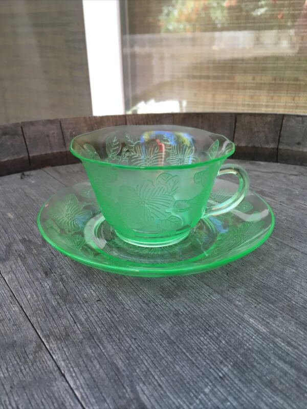 Vintage Green Dogwood Depression Glass Cup And Saucer - Macbeth Evans