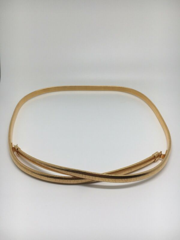 "Beautiful goldtone Stretch 32""-38"" belt (1083)"