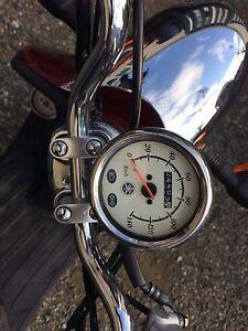 Retro looking Yamaha scooter
