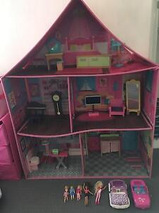 Doll's house with furniture Carramar Wanneroo Area Preview