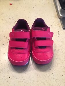 Puma light up sneakers size 5