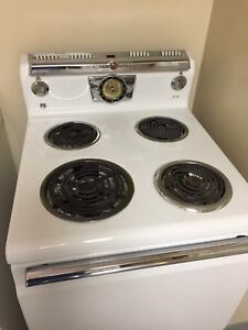 Working 1950s GE General Electric stove