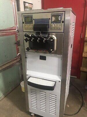 Spaceman 6248 Soft Serve Ice Cream Machine Twin Twist