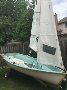 Lower price-FJ Flying Junior class sailboat and road trailer