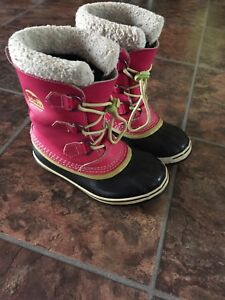 Youth girls Pink Sorel boots