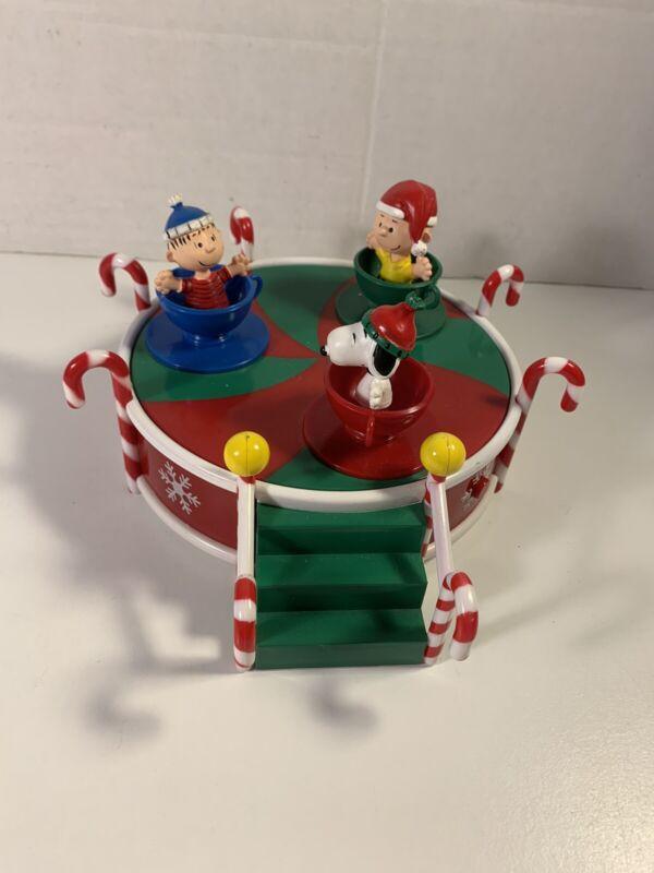 Snoopy Peanuts Charlie Brown Christmas Animatronic Musical Teacups Rare Works