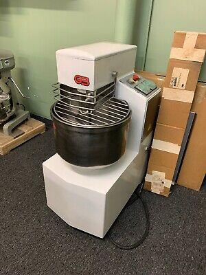 Vmi Berto Italia Gb Machine 30 Qt Mixer Used Dough Pizza Baker Mixer