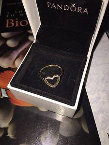Pandora Gold ring