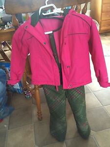 Girls size 4/5 Columbia snow suit