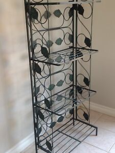 4-tiered Green Metal Plant Stand