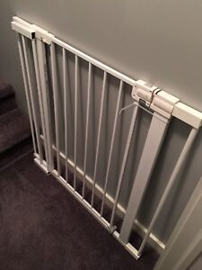 Safety 1st easy install extra tall and wide baby gate