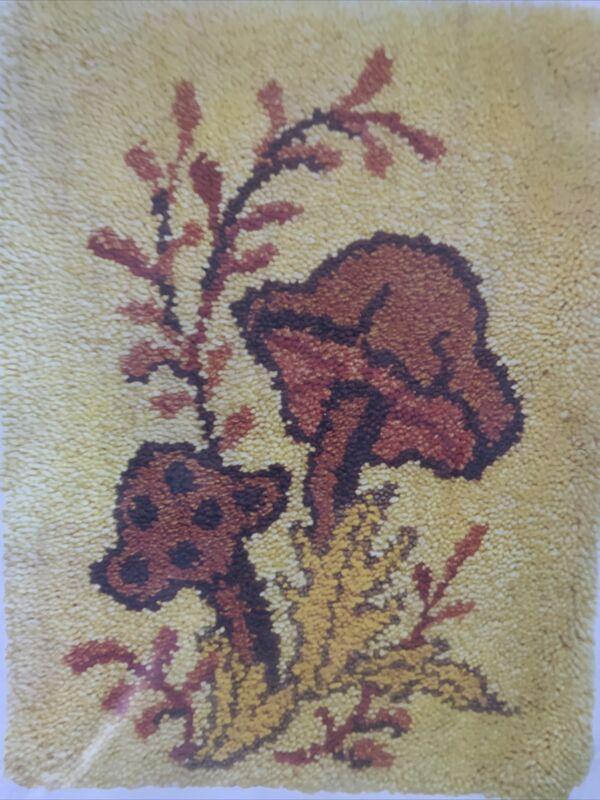 Mushrooms Latch Hook Pattern Vintage Caron NIP 20x27