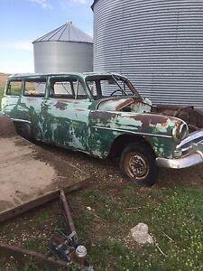 1950-51? Plymouth Suburban