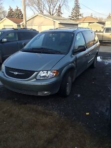 2003 Chrysler Town & Country Van for sale