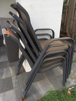 4x outdoor chairs