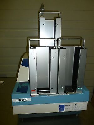 Perkin Elmer Wallac Victor2 1420 Multilabel Hts Counter 1420-018 With Stacks